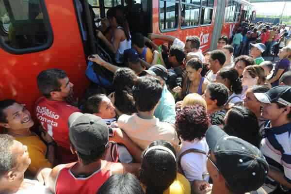 Por que o ônibus não é de graça?