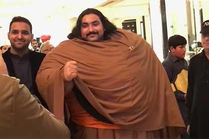Khan Baba: Conheça o Incrível Hulk Paquistanês