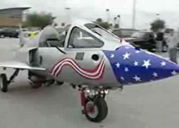 Acredite, isto é uma moto