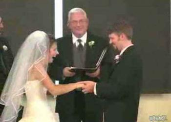 Os 10 videos de casamento mais engraçados que eu já vi