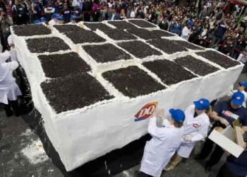 O maior bolo de sorvete do mundo