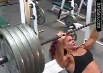 Musculação – Tá leve? Ponha mais 50kg!