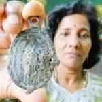 Medalhão medieval é encontrado na barriga de tubarão