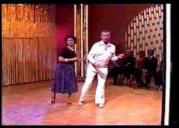 Aprenda a dançar disco music
