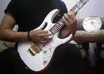 Recorde de velocidade na guitarra