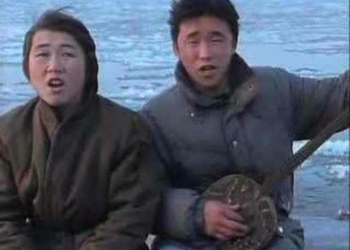 O homem cigarra – Ou Leandro e leonardo da Mongólia