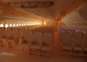 O Boeing 777 de papelão