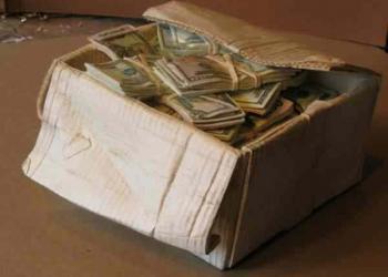 O homem que descobriu como fazer dinheiro (literalmente)