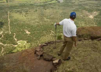 A jogada de golfe mais difícil do mundo