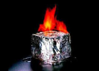 Gelo pegando fogo por indução