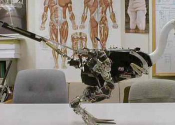 Robô baseado no velociraptor corre a quase 50km/h