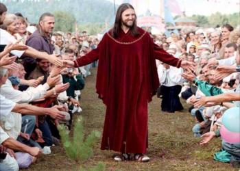 O Jesus finalmente voltou? Na Russia? Veja mais um (entre muitos) pirados