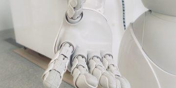 Conheça Moley, o incrível robô que cozinha
