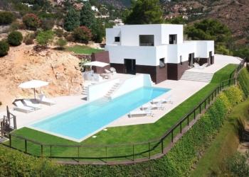 Uma bela casa na costa da Sardenha
